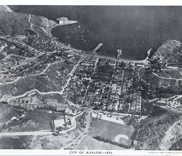 Aerial view of Avalon and Avalon Bay, 1933