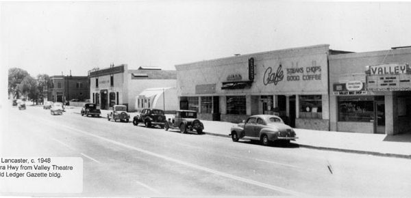 Sierra Highway from the Valley Theater to the old Ledger Gazette Building,
