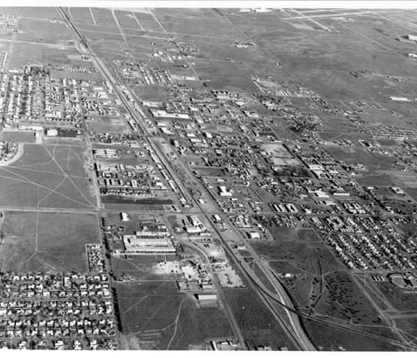 Aerial view of Palmdale, from the airport to where the Colton Spur of the railroad track crosses Sierra Highway