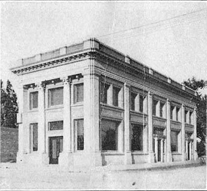 Claremont bank and Masonic temple, 1913