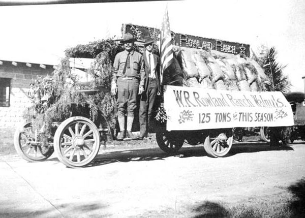 W. R. Rowland Ranch parade float