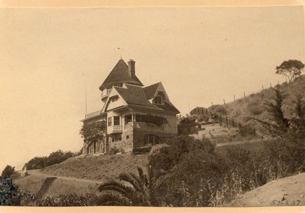 Peter Gano home (first named 'Lookout Cot' and now known as 'Holly Hill House'), 1892