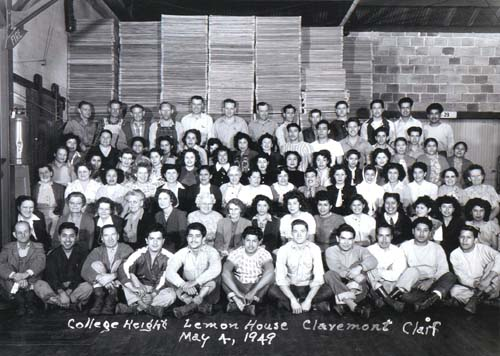 Employees of the College Heights Lemon House in Claremont, 1949