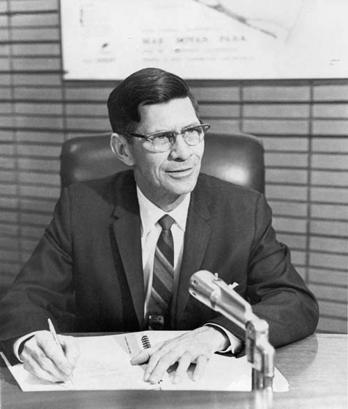 George Nye, Jr., mayor of Lakewood