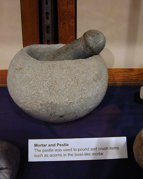 Steatite mortar and pestle