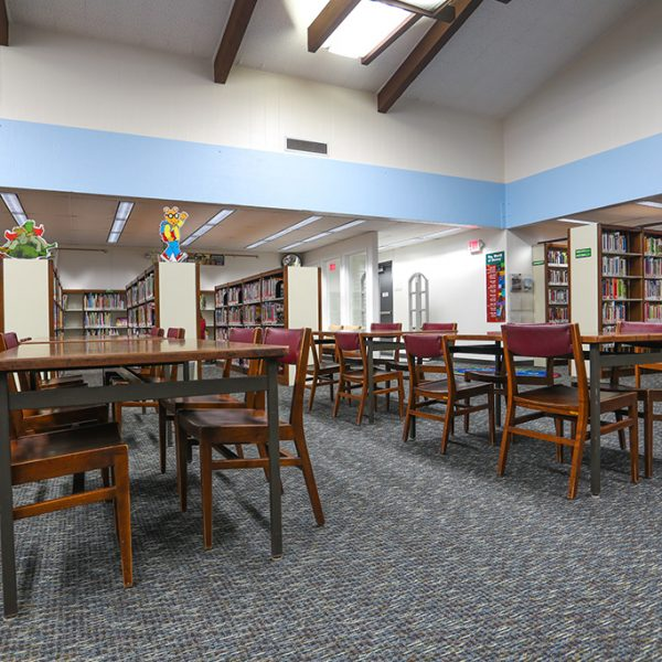 Alondra Library reading area