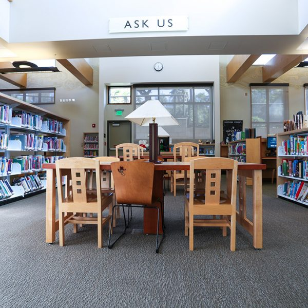 La Crescenta Library Ask US desk