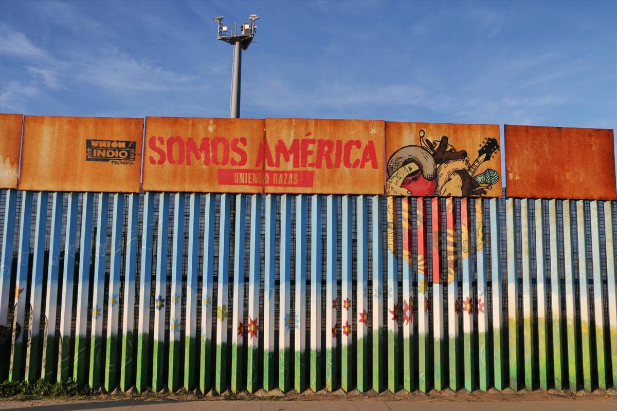 Somos America Mural