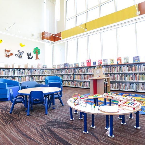 Los Nietos library childrens area